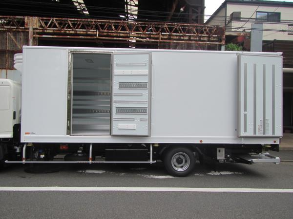 4t冷凍車ワイド